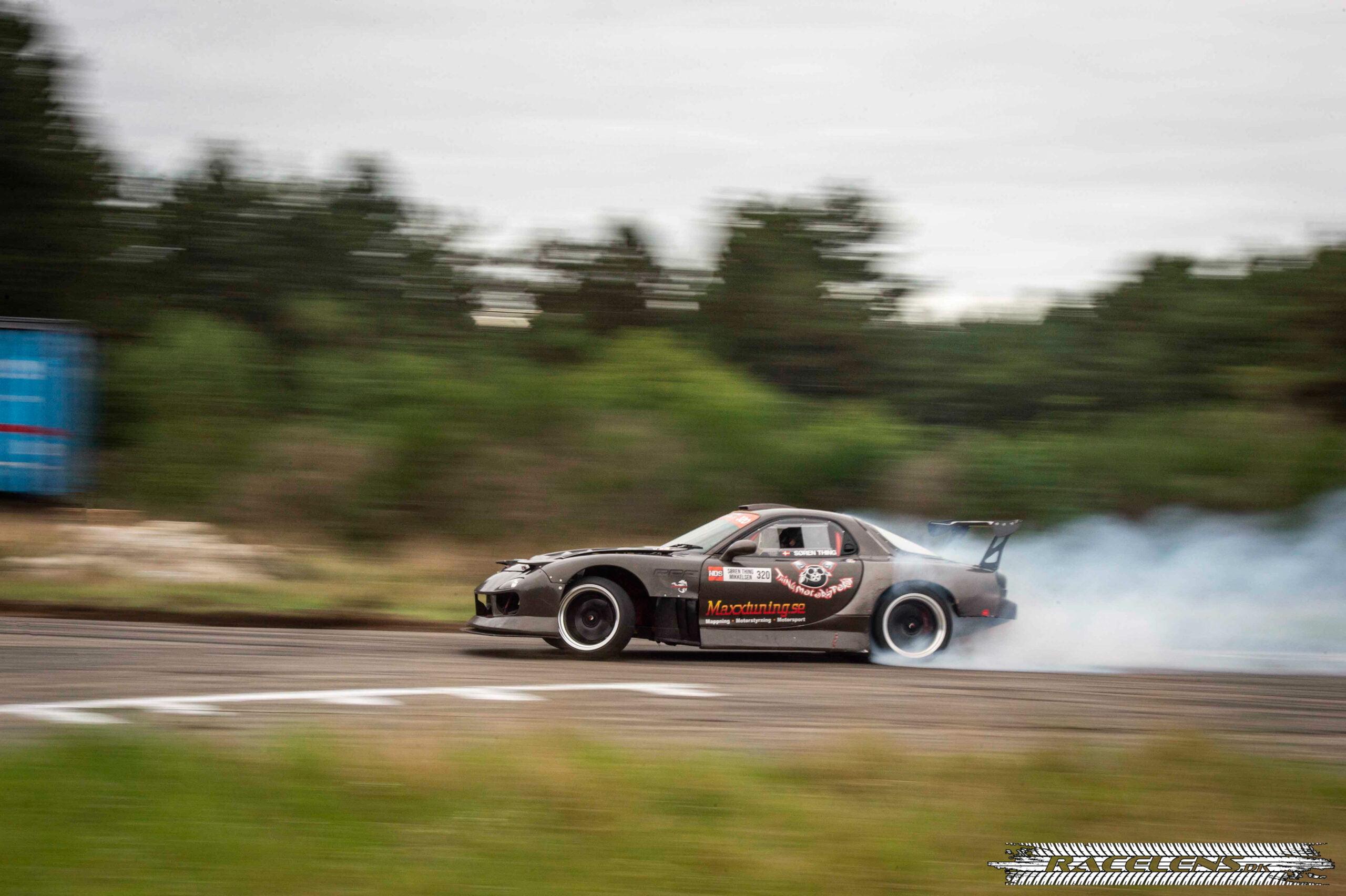 Drift battle, Racelens